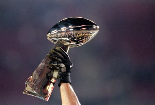 Super-Bowl-Trophy
